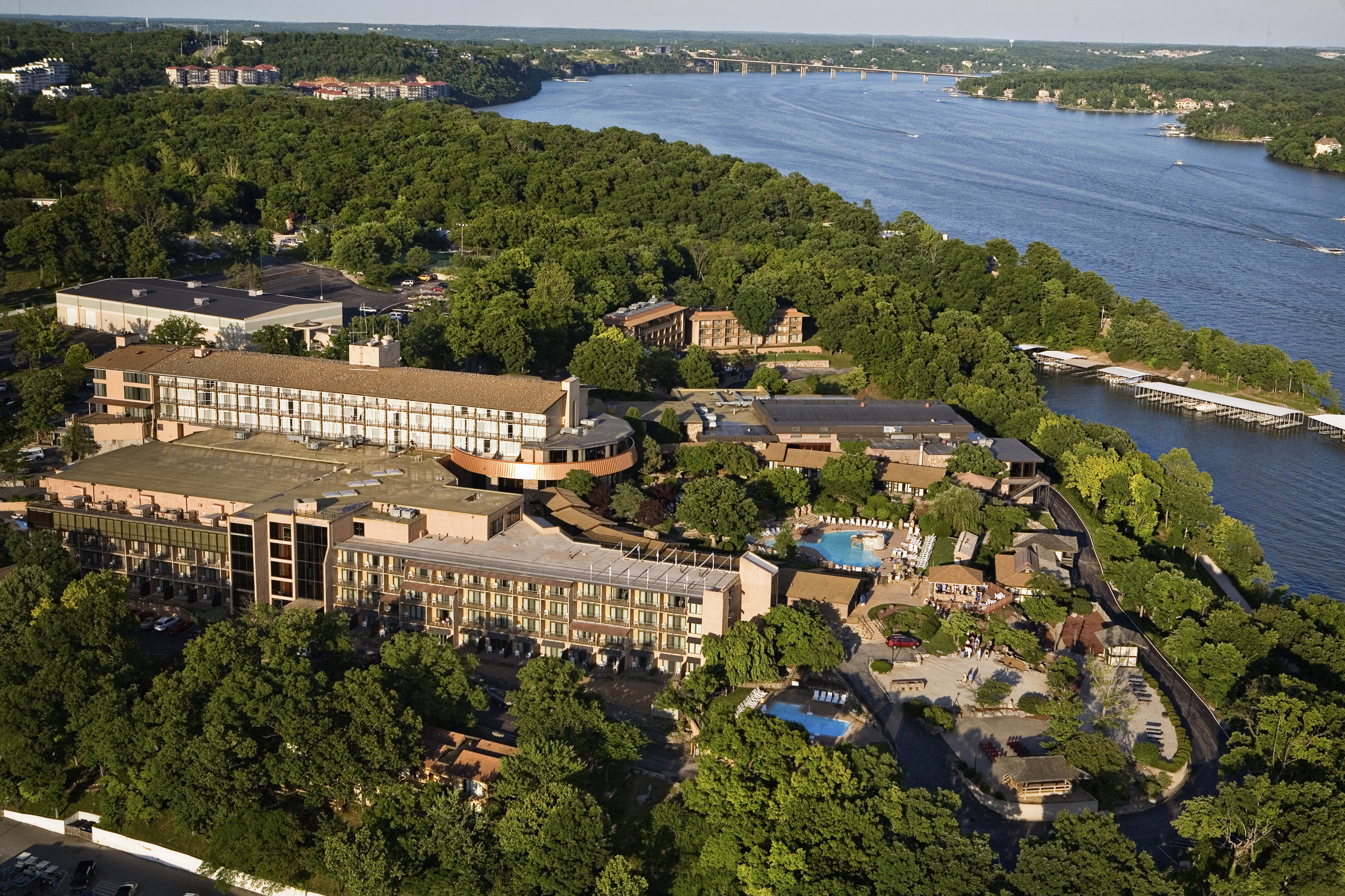 The Lodge of Four Seasons Golf Resort  Spa  Lake of the